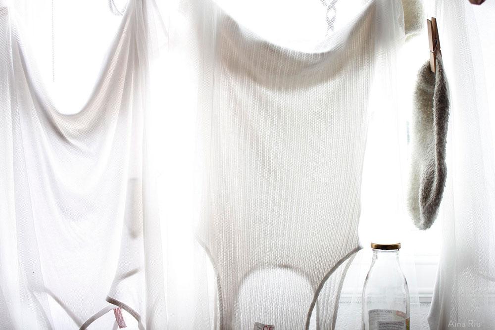 White light - Aina Riu
